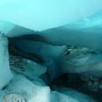 En dessous du glacier