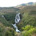Une jolie cascade sur la route d'Otorangha