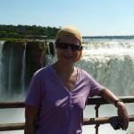 Devant les chutes d'Iguazu