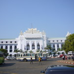 Des beaux bâtiments à Yangoon