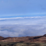 Par dessus les nuages