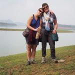 Devant le lac Thac Ba