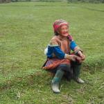 Portrait d'une Hmong fleurie